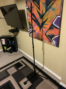 Yorkville Microphone Stand