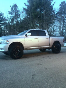 LIFTED!! 2012 Ram 1500 Sport. 6inch LIFT.