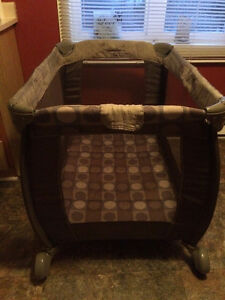 $40 obo=Playpen,Folds, Unisex, Please see Pictures