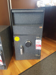INKAS FL-30 BURGLARY RATED DUAL COMPARTMENT CASH DEPOSITORY SAFE