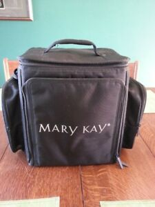 Large Travel Cosmetic Case - Mary Kay