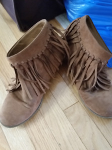 Girls Ankle Boots American Eagle Size 6