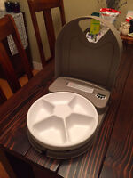 Automatic Pet Food Feeder with Batteries