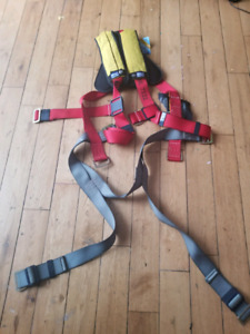 Brand new safety harness/ fall arrest harness