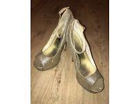 Gold glitter peep toe high healed shoes UK6