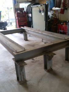 Car Stand For Rent