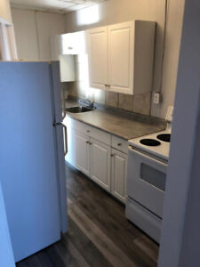 COBOURG - 2 Bedroom Apartment (All Inclusive)