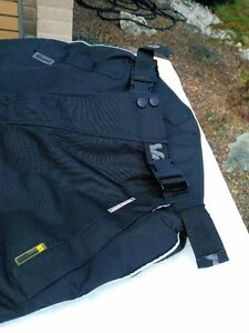 MOTORCYCLE RIDING PANTS WATER PROOF SIZE XXL Windsor Region Ontario image 8