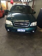 Kia carnival 2004  Landsdale Wanneroo Area Preview