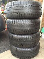 4 winter tires - Michelin 225/50R17
