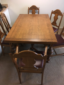 MOVING SALE!!Amazing deals! Table/Chairs, TV Stand,Arm Chairs