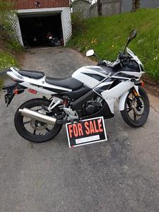 Honda CBR 125 MINT
