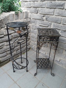 SMALL METAL PLANT TABLES