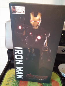 Avenger 2 Age Of Ultron Iron Man Action Figure Crazy Toy 3D Mode