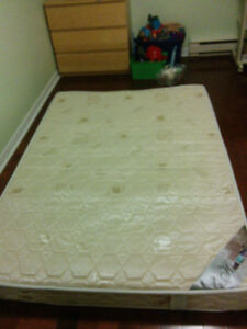 Double size matress, brand new and absolute clean