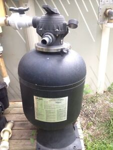 POOL SAND FILTER AND 1hp PUMP Windsor Region Ontario image 1