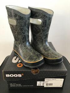 Bottes de pluie BOGS grandeur 8.
