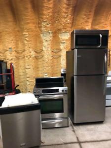Like new Fridge+Microwave+Dishwasher+Stove Combo