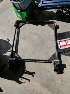 Adjustable dolly