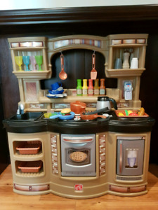 Step 2 Prepare and Share Full Kids Kitchen and Accessories