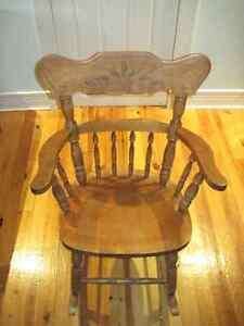 Oak antique rocking chair