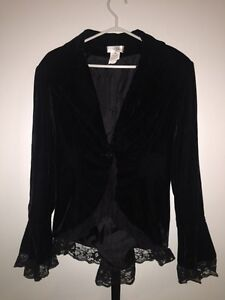 BRAND NEW - Women's Blazer