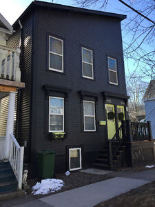 3 Bedroom Flat in Central Halifax