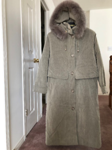 d0fdcae23bf Ladies NUAGE winter coat.