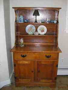 Solid Maple two piece hutch