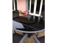 6 seater outdoor table and chairs with lazy Susan