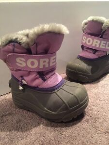 Girls size 7 Sorel winter boots