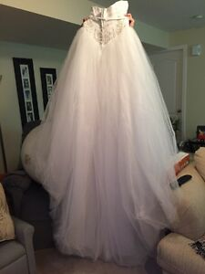 Wedding dress sz 8 Mori lee