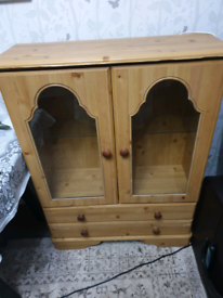 Free for collection small display unit. ITEM GONE SUBJECT TO COLLECTIO