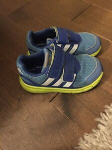 Adidas toddler boys sneakers. Size 8