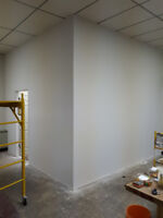 Pro drywall installer and taper