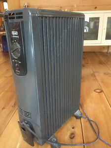 DeLonghi Oil Filled Space Heater