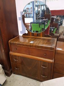 Dresser with mirror @HFHGTA Restore Etobicoke BH-001