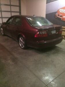 2003 Saab  9-5 ! Turbo  500$ selling for parts only. !   London Ontario image 2