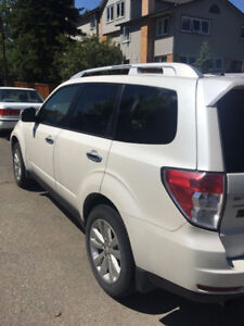 2012 Subaru Forester 2.5X Limited SUV, Crossover