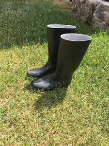 Great Condition Rainboots