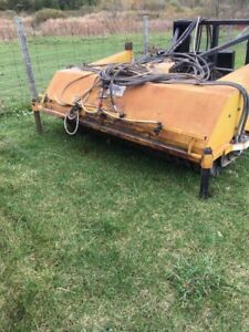 Front loader Hydraulic sweeper & 3 point hitch 100 L water tank