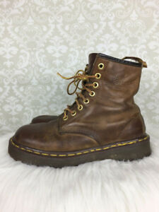 Doc Marten 1460 - Brown 8 Eyelet Boots  • ( Womens  Size 6 )
