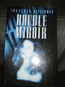 Double Miroir  SUSPENS   $3