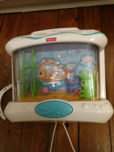 Ocean Wonders Crib Mobile Noise Maker