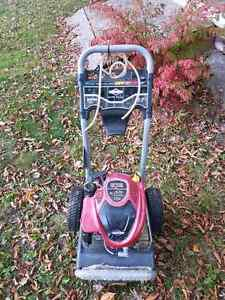 Briggs and Stratton pressure washer for parts or repair