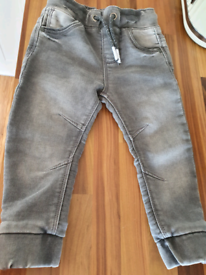 Boys outfit - Excellent condition