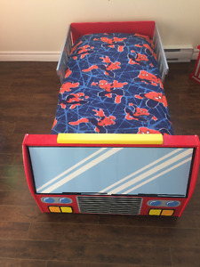 Toddler Bed Set (4 pieces)