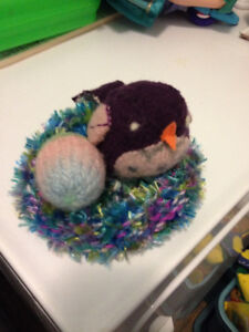Felted bird, w/ crochet Nest and egg - Waldorf Style Toy