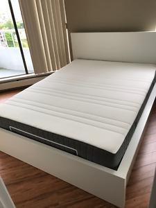 Ikea MALM Pull up storage bed (Queen) w/MORGEDAL Foam mattress