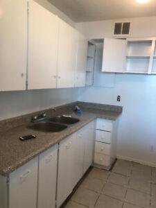 Renting a sharing bedroom Near Seneca York (JUNE)